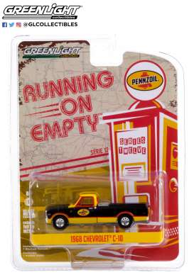 Chevrolet  - C-10 1968 black/yellow - 1:64 - GreenLight - 41120D - gl41120D | The Diecast Company