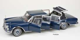 Mercedes Benz  - 600 Pullmann 1968 blue - 1:18 - CMC - 205 - cmc205 | The Diecast Company