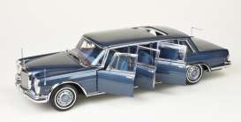 Mercedes Benz  - 600 Pullmann 1960 blue - 1:18 - CMC - 218 - cmc218 | The Diecast Company
