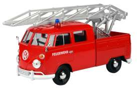 Volkswagen  - Type 2 red - 1:24 - Motor Max - 79584 - mmax79584 | The Diecast Company