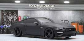 Ford  - Mustang GT 5.0 coupe 2019 matt black - 1:18 - Diecast Masters - 61005 - DM61005 | The Diecast Company