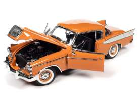 Studebaker  - Gold Hawk 1957 coppertone/white - 1:18 - Auto World - 270 - AW270 | The Diecast Company
