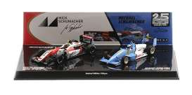 Reynard Dallara - F903/F317 1990 red/white/blue - 1:43 - Minichamps - 812901839 - mc512901839 | The Diecast Company