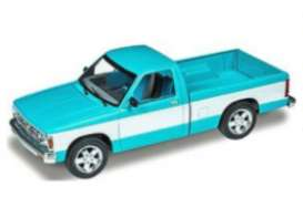 Chevrolet  - S-10 1990  - 1:25 - Revell - US - 4503 - revell4503 | The Diecast Company