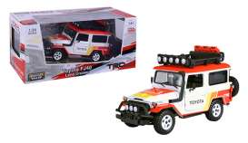 Toyota  - FJ40 1974 white/red/orange - 1:24 - Motor Max - 79137TRD - mmax79137TRD | The Diecast Company