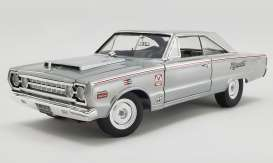 Plymouth  - Belvdere Lightweight 1967 silver - 1:18 - Acme Diecast - 1806704 - acme1806704 | The Diecast Company
