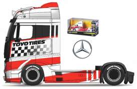 Mercedes Benz  - Actros white/red/black - 1:64 - Maisto - 12389-19127W - mai12389-19127W | The Diecast Company