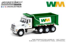 Mack  - Granite 2020 white/green - 1:64 - GreenLight - 45120B - gl45120B | The Diecast Company