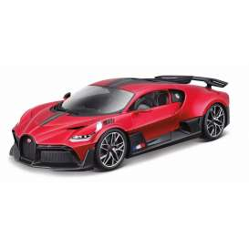 Bugatti  - Divo red/black - 1:18 - Bburago - 11045r - bura11045r | The Diecast Company