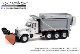 Mack  - Granite Dump Truck 2019 white/grey - 1:64 - GreenLight - 45130C - gl45130C | The Diecast Company