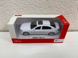 BMW  - 7 series 2018 white - 1:43 - Rastar - 37600 - rastar37600w | The Diecast Company