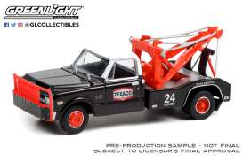 Chevrolet  - C-30 1970 black/red/white - 1:64 - GreenLight - 46070B - gl46070B | The Diecast Company