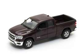 Ram  - 1500 2019 dark red-brown - 1:24 - Welly - 24104 - welly24104mr | The Diecast Company