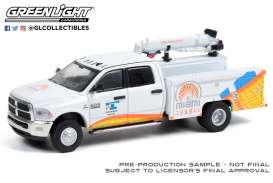Ram  - 3500 Dually 2015 white - 1:64 - GreenLight - 46070C - gl46070C | The Diecast Company