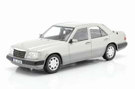 Mercedes Benz  - E-Klasse silver - 1:18 - iScale - 1180000053 - iscale1180053 | The Diecast Company