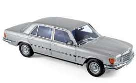 Mercedes Benz  - 450 1976 silver - 1:18 - Norev - 183785 - nor183785 | The Diecast Company