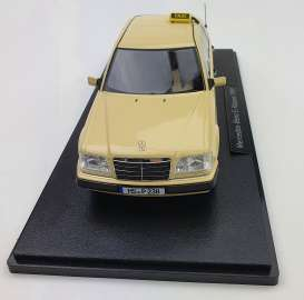 Mercedes Benz  - E-Class 2020 beige - 1:18 - iScale - 1180000056 - iscale1180056 | The Diecast Company