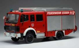 Mercedes Benz  - LF16 red - 1:43 - IXO Models - TRF016 - ixTRF016 | The Diecast Company