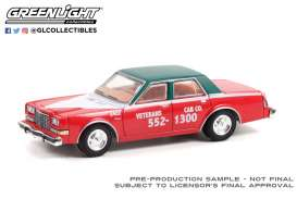 Dodge  - Diplomat 1983 red/black - 1:64 - GreenLight - 30283 - gl30283 | The Diecast Company