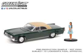 Lincoln  - Continental 1965 moss - 1:64 - GreenLight - 97110B - gl97110B | The Diecast Company