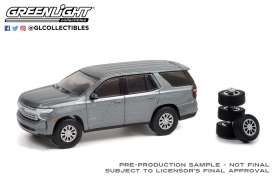 Chevrolet  - Tahoe 2021 satin steel - 1:64 - GreenLight - 97110E - gl97110E | The Diecast Company