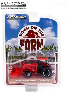 Tractor  - 1984 red - 1:64 - GreenLight - 48050C - gl48050C | The Diecast Company