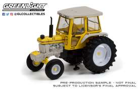 Tractor  - 1990 white/yellow - 1:64 - GreenLight - 48050E - gl48050E | The Diecast Company