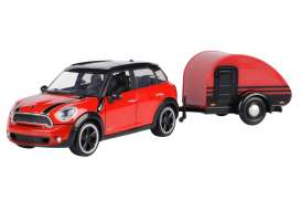 Mini  - Cooper S Countryman red/black - 1:24 - Motor Max - 79761 - mmax79761 | The Diecast Company