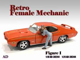 Figures  - Retro Female Mechanic I 2021  - 1:18 - American Diorama - 38244 - AD38244 | The Diecast Company