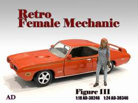 Figures  - Retro Female Mechanic III 2020  - 1:24 - American Diorama - 38346 - AD38346 | The Diecast Company