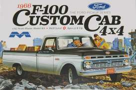 Ford  - F100 Custom Cab 4x4 pick-up 1966  - 1:25 - Moebius - 1236 - moes1236 | The Diecast Company