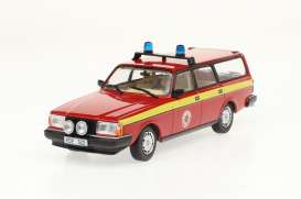 Volvo  - 245 *Radningstjansten * 1983 red/yellow - 1:43 - Triple9 Collection - 43080 - T9-43080 | The Diecast Company