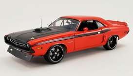 Dodge  - 426 Hemi Challenger Street Fig 1971 orange/black - 1:18 - Acme Diecast - 1806015 - acme1806015 | The Diecast Company
