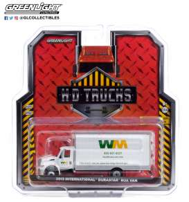 International  - Durastar 2013 white - 1:64 - GreenLight - 33210A - gl33210A | The Diecast Company
