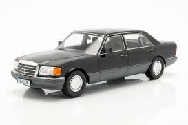 Mercedes Benz  - SEL 1985 black/grey - 1:18 - iScale - 1180000057 - iscale1180057 | The Diecast Company