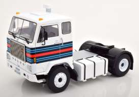 Volvo  - F88 1975 white/red/blue - 1:18 - Road Kings - 180065 - rk180065 | The Diecast Company
