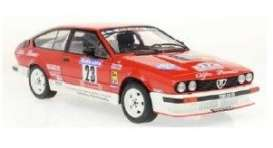 Alfa Romeo  - GTV6 red/white - 1:18 - Solido - 1802306 - soli1802306 | The Diecast Company