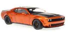 Dodge  - Challenger 2020 orange - 1:18 - Solido - 1805703 - soli1805703 | The Diecast Company