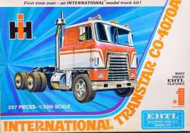 International  - Transtar  - 1:25 - AMT - s1203 - amts1203 | The Diecast Company