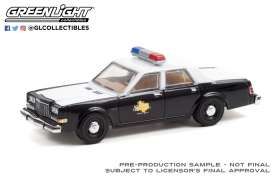 Dodge  - Diplomat 1981  - 1:64 - GreenLight - 30303 - gl30303 | The Diecast Company