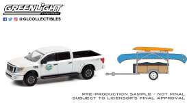 Nissan  - Titan 2019 white-grey - 1:64 - GreenLight - 32230A - gl32230A | The Diecast Company