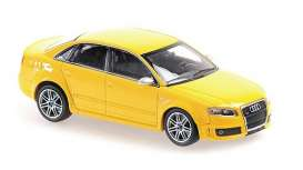 Audi  - RS4 2004 yellow - 1:43 - Maxichamps - 940014600 - mc940014600 | The Diecast Company