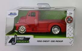 Chevrolet  - COE 1952 red - 1:32 - Jada Toys - 24076 - jada24076R | The Diecast Company
