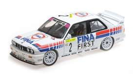 BMW  - M3 1992 white - 1:18 - Minichamps - 155922002 - mc155922002 | The Diecast Company