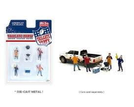 Figures  - Tailgate Party 2021  - 1:64 - American Diorama - 76470 - AD76470 | The Diecast Company