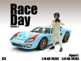Figures  - Race Day Figure I 2021  - 1:24 - American Diorama - 76383 - AD76383 | The Diecast Company